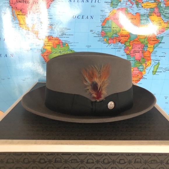 28b4d0143e935  Stetson  Saxon Royal Fur Felt Fedora Hat. M 5ae9e60005f4306b3da80344